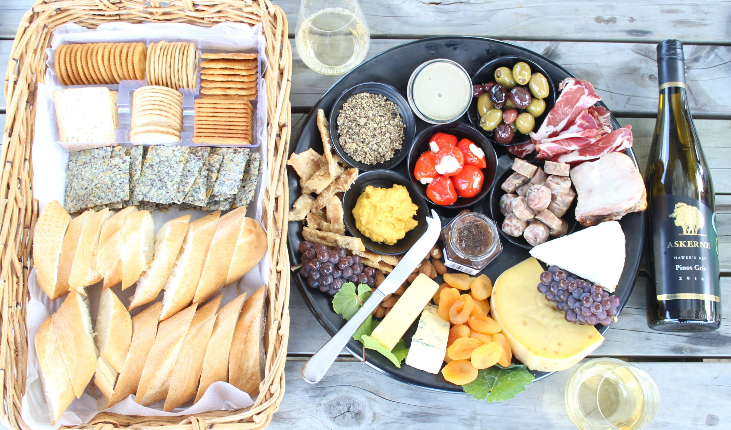 Gourment Picnic Family friendly Askerne Winery Hawkes Bay New Zealand